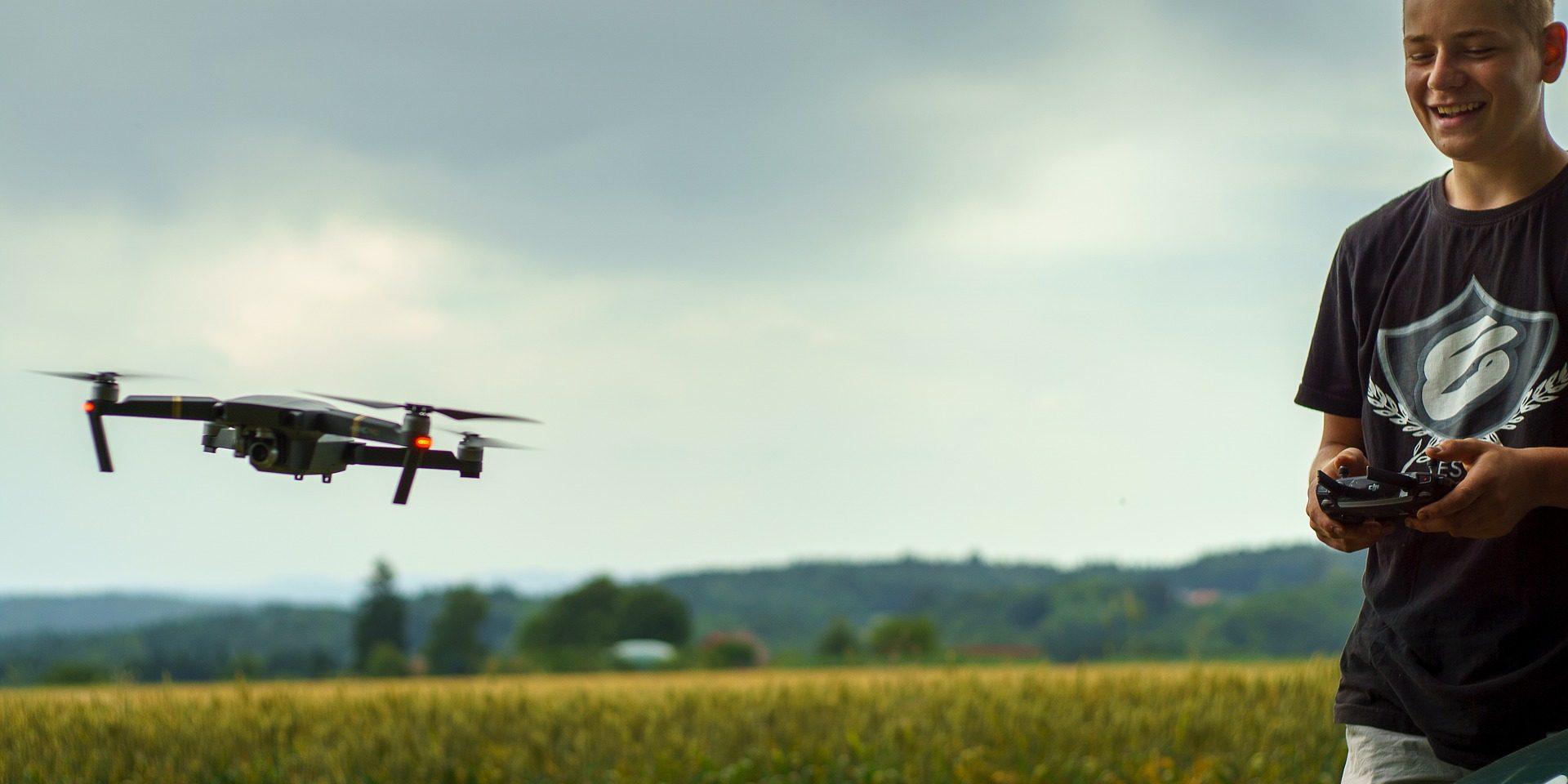 drone-2823770_1920